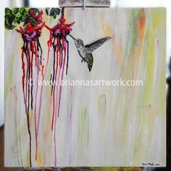 Hummingbird-Flowers-Bleed-Camera-low